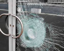 Commercial glass door repair Coquitlam